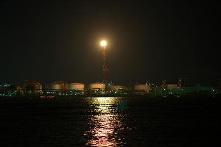 flare stack in Kawasaki