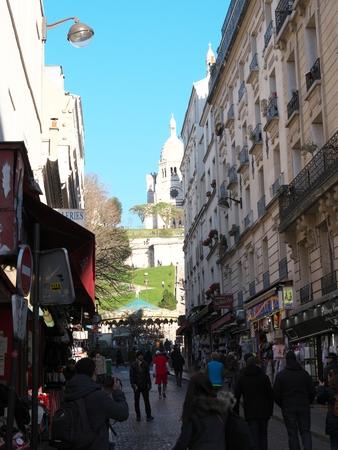 coeur: View of Sacre coeur from Steinkerque street