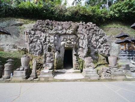 Elephant Cave, Goa Gajah, in Bali Фото со стока
