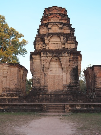 Siem Reap-Prasat Kravan is a small temple consisting of five reddish brick towers on a common terrace, located at Siem Reap, Cambodia. It is famous for relief of Vishnu and Lakshmi.