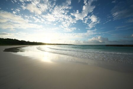 Isola di Irabu, Giappone - 28 giugno 2019: Spiaggia di Toguchi o Toguchi-no-hama nell'isola di Irabu, Okinawa