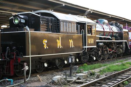 Bangkok,Thailand-December 5, 2019: Double-headed steam locomotive train at Hua Lamphong station in Bangkok, Thailand 写真素材 - 135605694