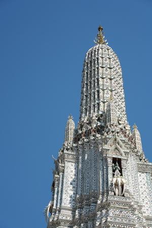 Bangkok,Thailand-December 6, 2019: Wat Arun in Bangkok, Thailand 写真素材 - 135605700