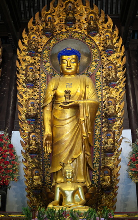 Shanghai,China-September 16, 2019: Buddha statue at Longhua temple in Shanghai, China 報道画像