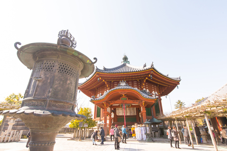 octagonal: Nara, Japón el 31 de ENERO, de 2016; El Norte octogonal Salas de Kofukuji templo.
