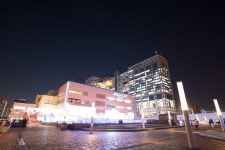 Odaiba, Japan - Jan 28 2016: night view of Aqua city is shopping mall at Odaiba in Tokyo, Japan