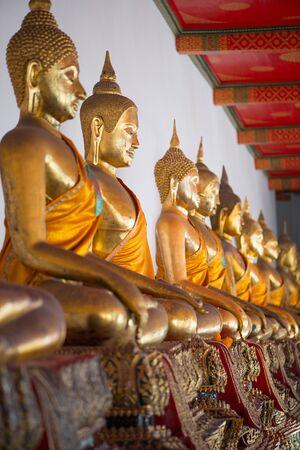 Gold Buddha in Wat  Phra Chettuphon Wimon Mangkhalaram (Wat pho), Bangkok, Thailand