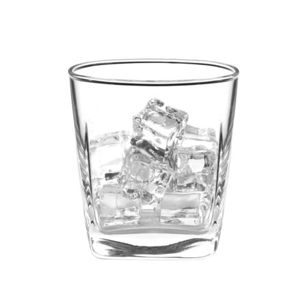 ice cube in glass isolated on white background Banque d'images - 131872253