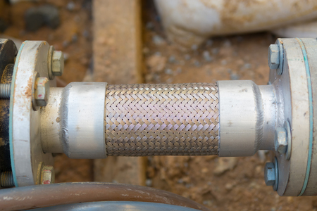 sanitary engineering: Flexible pipe and pipe connection.