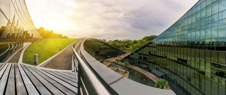 De moderna arquitectura de la Universidad Tecnológica de Nanyang, Singapur