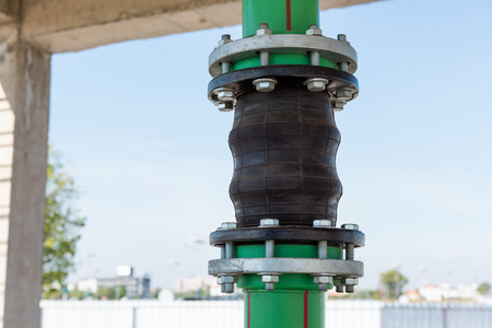 Flexible pipe connection., Potable pipe.