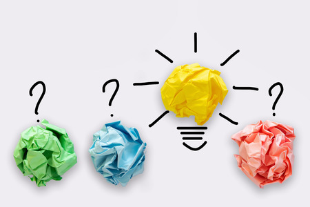 Creative Idea of Power Thinking Concept, Paper lightbulb Design With Graphic Drawing Stroke Line. Brainstorming Inspiration and Business Strategies Concept. Stockfoto - 122663061