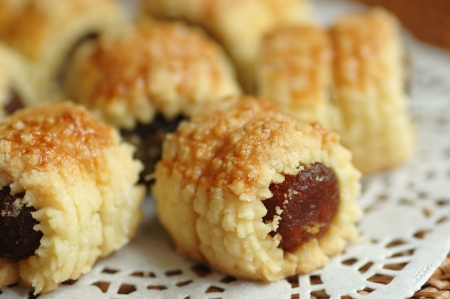 Freshly baked pineapple tarts with shallow depth of field