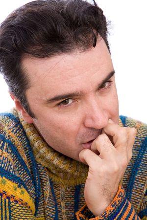 man close up: ansioso uomo vicino ritratto su sfondo bianco