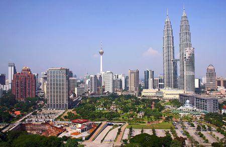 petronas: Kuala Lumpur City.