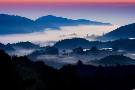 Mountain sunrise with morning fog at Cameron Highland, Malaysia. Stock Photo - 8179865