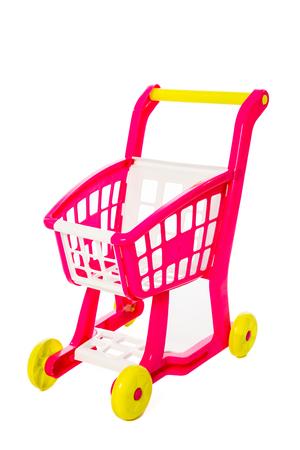 Un carro de compras de juguete aislado en fondo blanco aislado