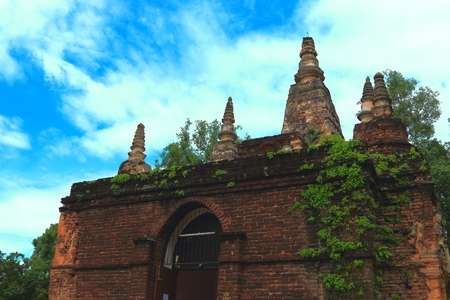 Jed-Yod Temple at Chieng-Mai photo