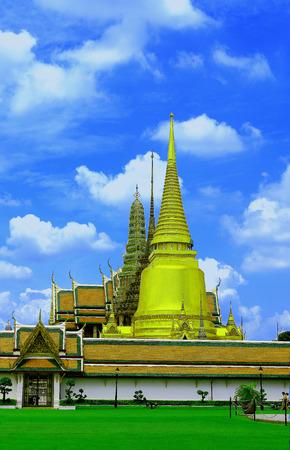 Wat Pra-Keaw in Bangkok Thailand photo
