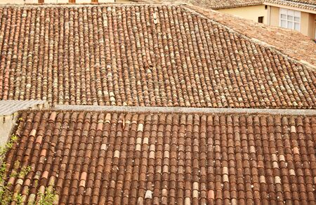 The traditional tiled roof on the houses to prettify to small towns and villages. Briones, Spain June 22, 2019. 新聞圖片