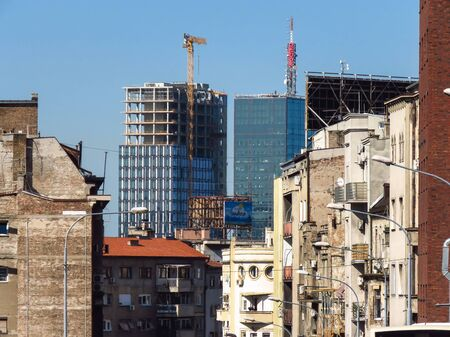 Belgrade, Serbia, October 1, 2019. View of skyscraper construction site from the old part of town. 新聞圖片