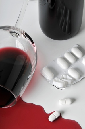 pill popping: alcohol and pills