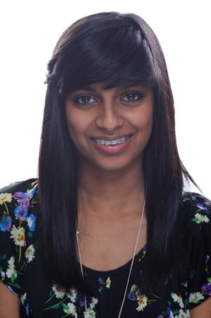 Indische Mädchen lächelnd mit Strebe Standard-Bild - 13638626