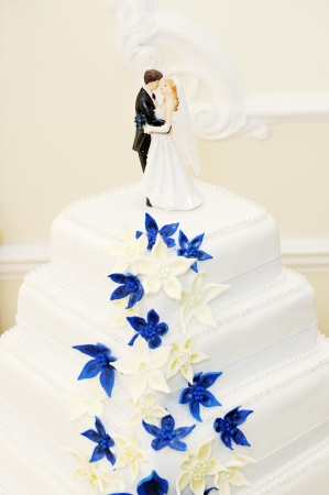 Closeup detail of wedding cake decoration