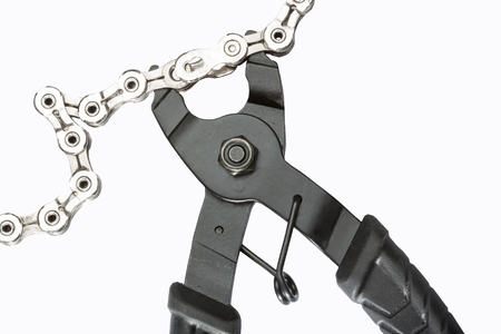 A convenient tool for undoing a variety of chain master-links enabling you to quickly remove your chain to clean or replace.