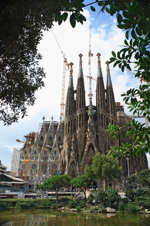 BARCELONA - AUGUST 31: Sagrada Familia cathedral on August 31, 2010 in Barcelona. Sagrada Familia is the most famous building created by Antonio Gaudi.