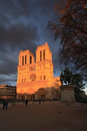 PARIS - APRIL 04 2011: Notre Dame Cathedral on April 04, 2011 in Paris. Notre Dame de Paris is the most famous medieval building of France.  Stock Photo - 11653079