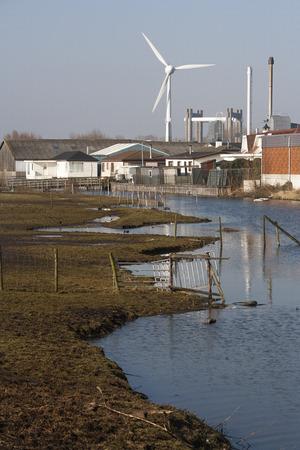 gitana: Campo gitano en una zona industrial en Gouda, Holanda