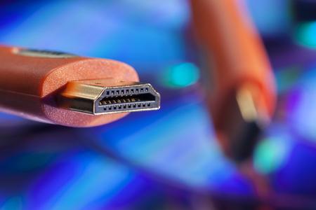 Gouden vergulde oranje HDMI-stekker Stockfoto