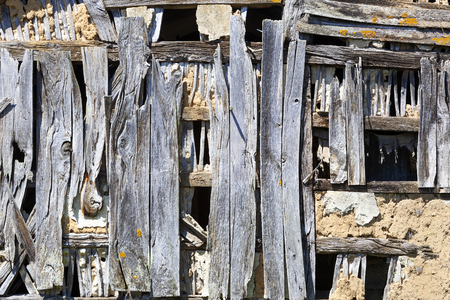 Old weathered blue wooden construction in France background Stockfoto