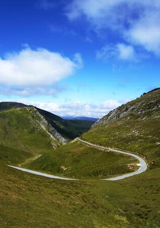 navarre: Mountain road in Navarre, Spain