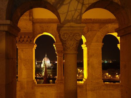 spectacle: spectacle of the Parliament from the Fishermans Bastion, Budapest
