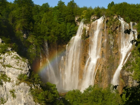 plitvice: Rainbow at the Big Waterfall of Plitvice Lakes, Croatia