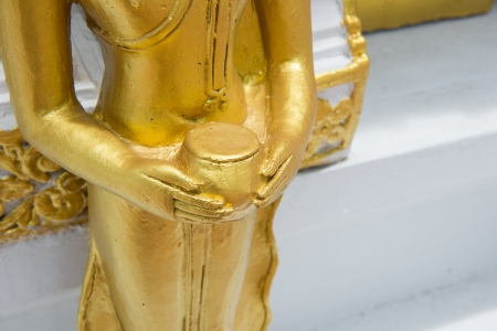 limosna: Golden Buddha imagen celebraci�n santa limosna Editorial