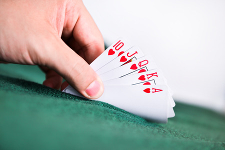 lear: Poker Cards on hand