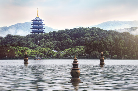 Three Pools Mirroring the Moon, shown on the 1 RMB note, is located in the south central portion of Hangzhou's West Lake. Archivio Fotografico