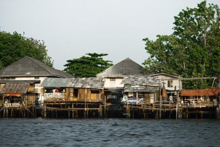 squatter: Shanties Chao Phraya River, Bangkok, Thailand, 2007 Editorial