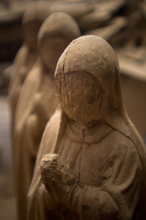 glorification: Wood Carving
