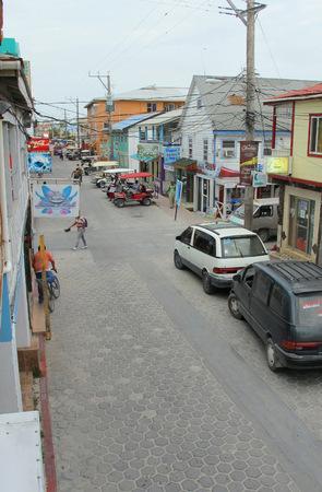 san pedro: Downtown San Pedro on Ambergris Caye, Belize