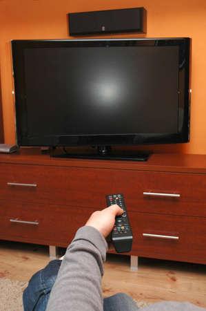 hands off: Encender el televisor con control remoto