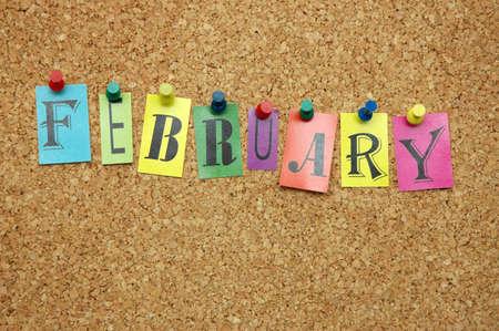 meses del a�o: Febrero, mes cubri� a en el tabl�n de anuncios Foto de archivo