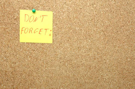 reminding: Reminding attached on the cork board