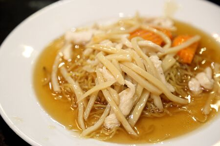 The crispy noodle served with thicky gravy. Stockfoto