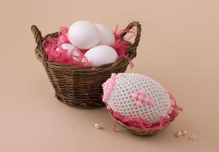Bead easter egg