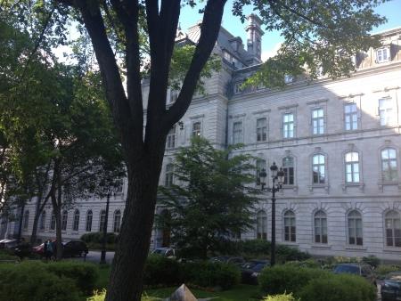 arbres: Vu assemblee nationale du Quebec