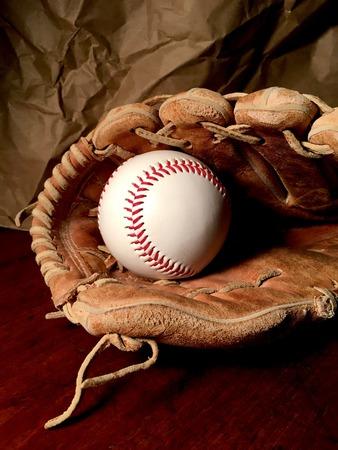 野球とグローブ